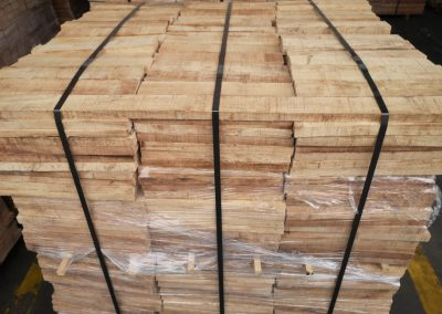 Kiln-Dry-Sawn-Timber-(2)-1280